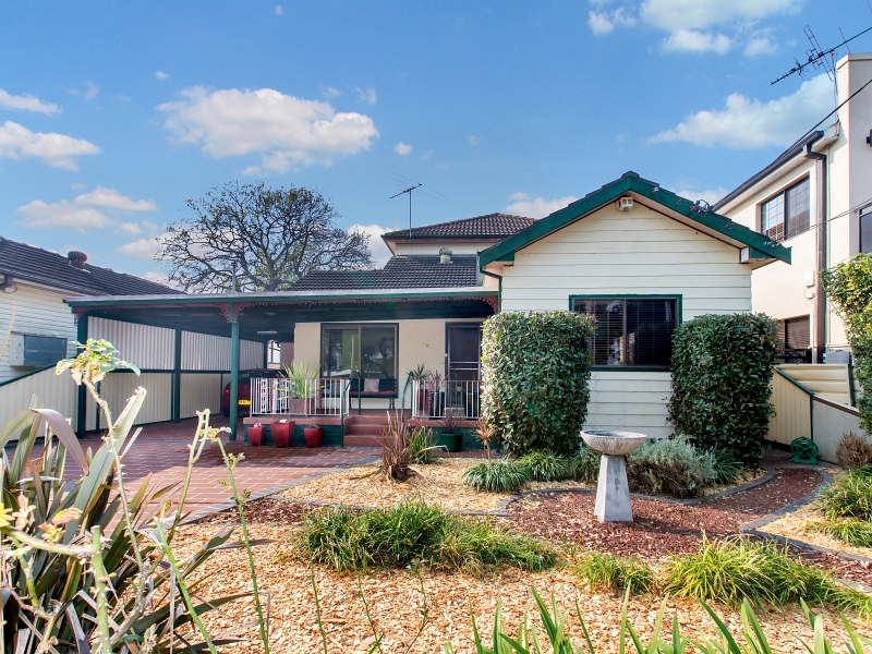 39 Clarke Street, Bass Hill, NSW 2197