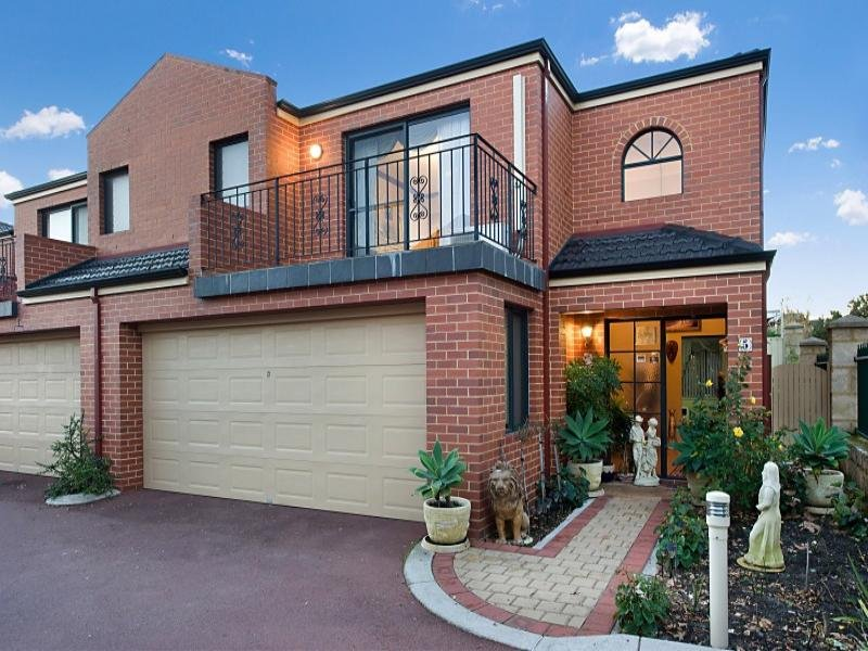 5/31 The Lakes Boulevard, Jandakot, WA 6164