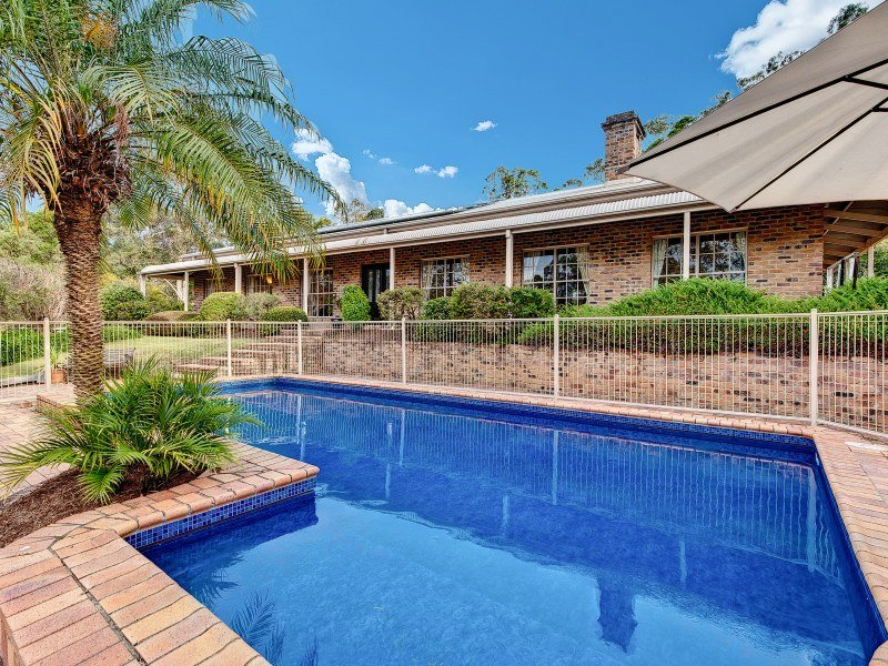 6 Rossleigh Court, Yugar, Qld 4520