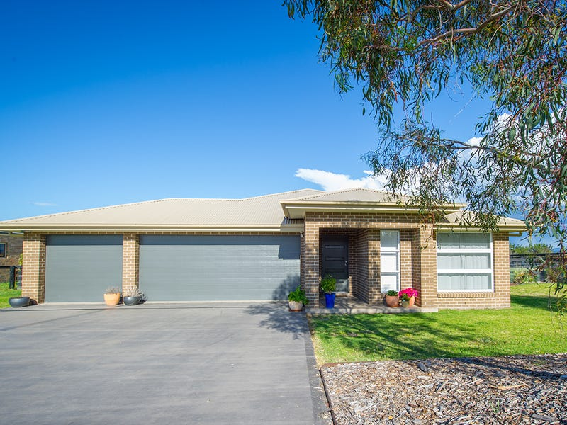 33 Kookaburra Avenue, Scone, NSW 2337
