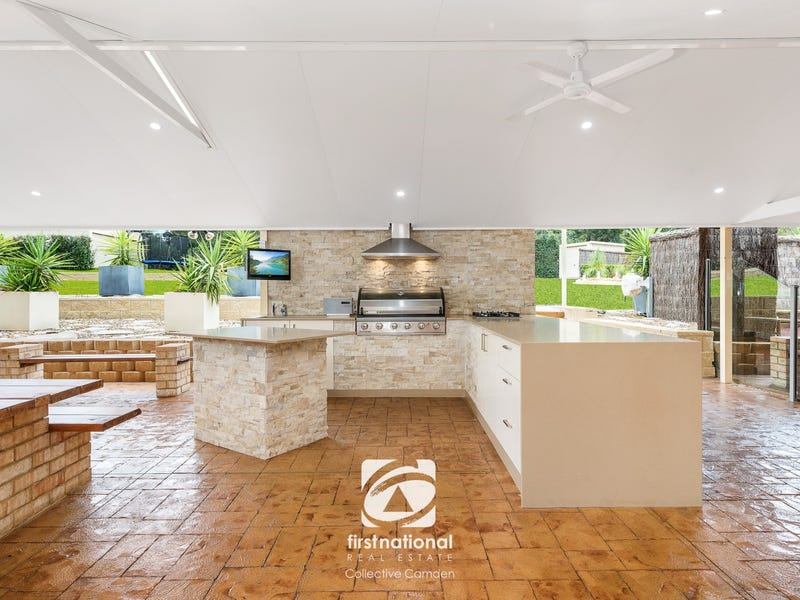 4 Willoughby Circuit, Grasmere, NSW 2570