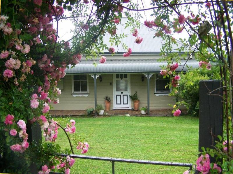 21 Vine Street, Dorrigo, NSW 2453