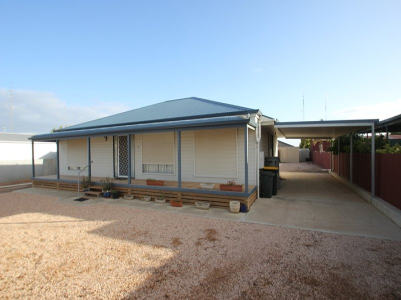 1 Thompson Street, Wallaroo, SA 5556