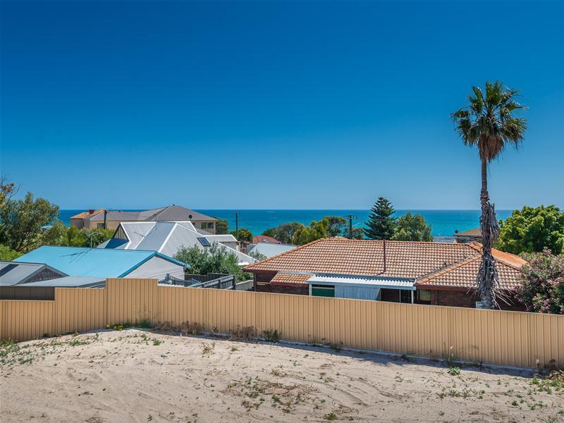 1/13 View Terrace, Quinns Rocks, WA 6030
