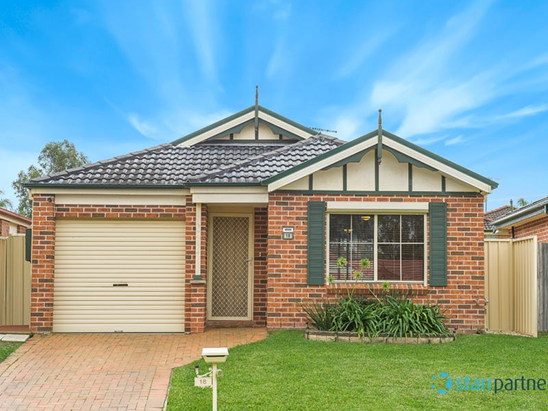 18 Bettong Pl, St Helens Park, NSW 2560