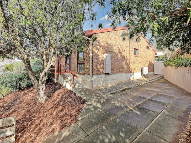 43 Kurnabinna Terrace, Hallett Cove, SA 5158