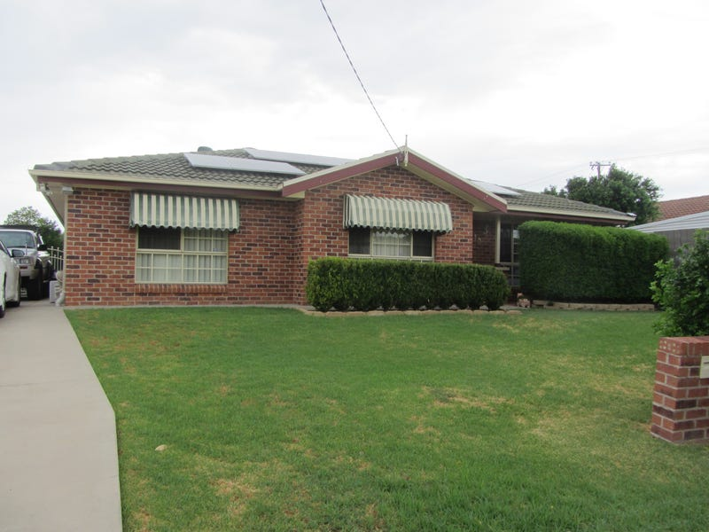10 Rosewood Close, Moree, NSW 2400