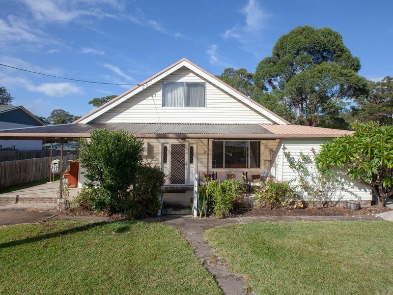 8 Tallyan Point Road, Basin View, NSW 2540