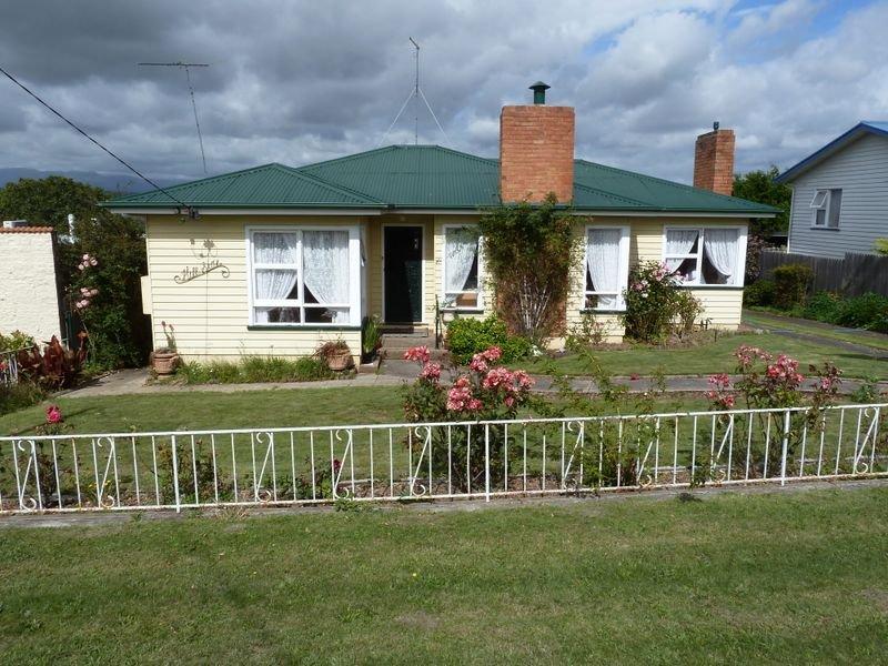 146 Emu Bay Road, Deloraine, Tas 7304