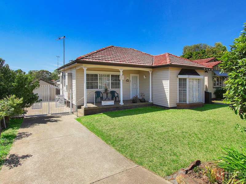 25 Targo Road, Pendle Hill, NSW 2145