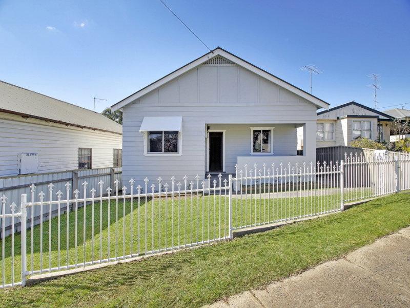 51 LANSDOWNE STREET, Goulburn, NSW 2580