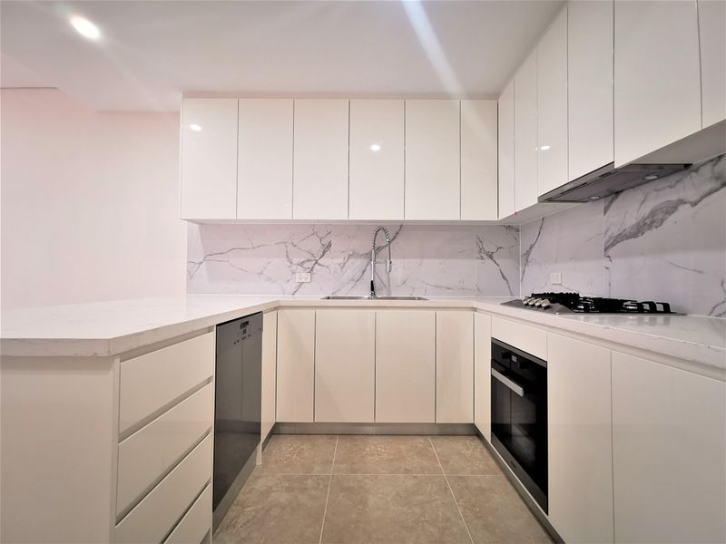 25/7-11 College Cr, St Ives, NSW 2075