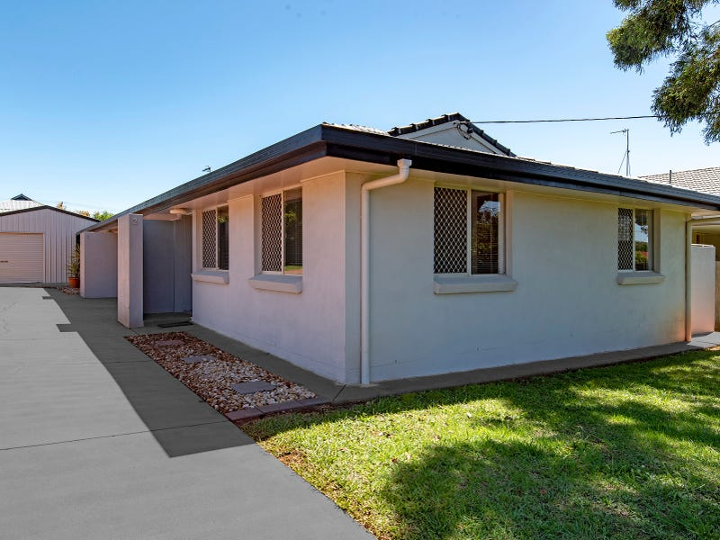 1 & 2 /23 & 23a Knockator Crescent, Centenary Heights, Qld 4350
