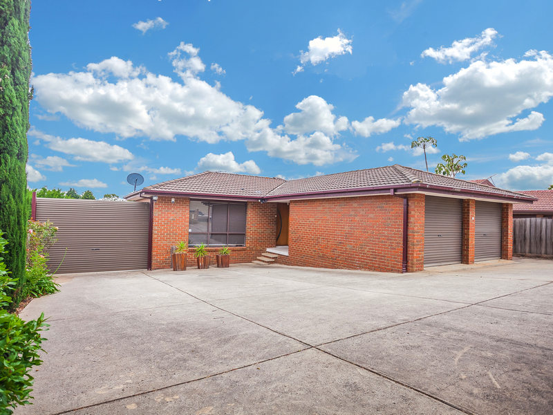 9 Nicholson Crescent, Meadow Heights, Vic 3048