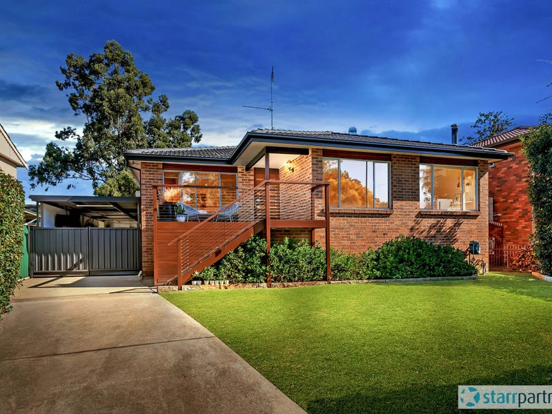 18 Smallwood Road, McGraths Hill, NSW 2756