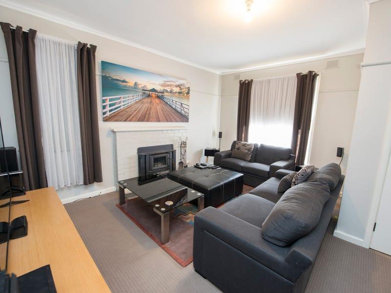 1 Mulbar Street, Swan Hill, Vic 3585