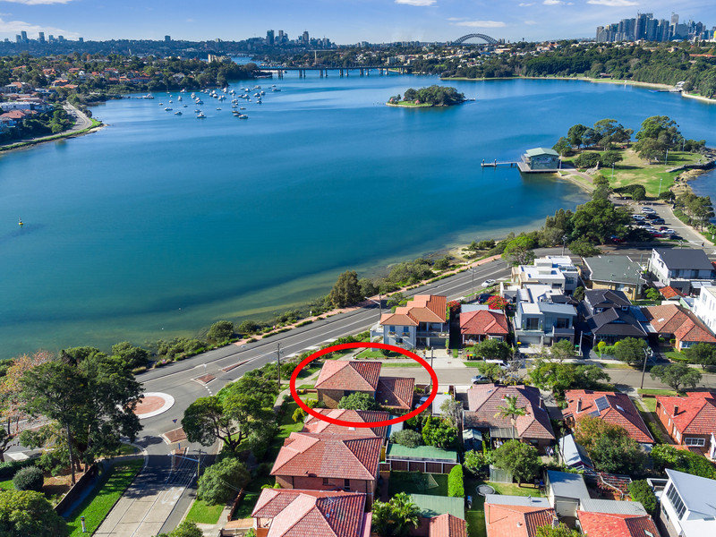 1 First Avenue, Rodd Point, NSW 2046