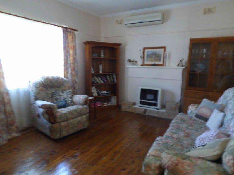 41 Lucan Street, Harden, NSW 2587