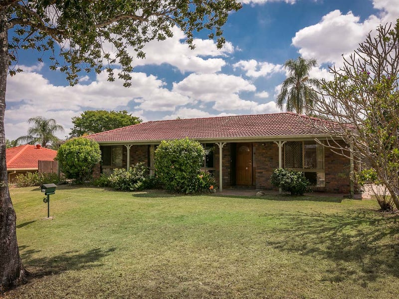 4 Buscall Court, Sinnamon Park, Qld 4073