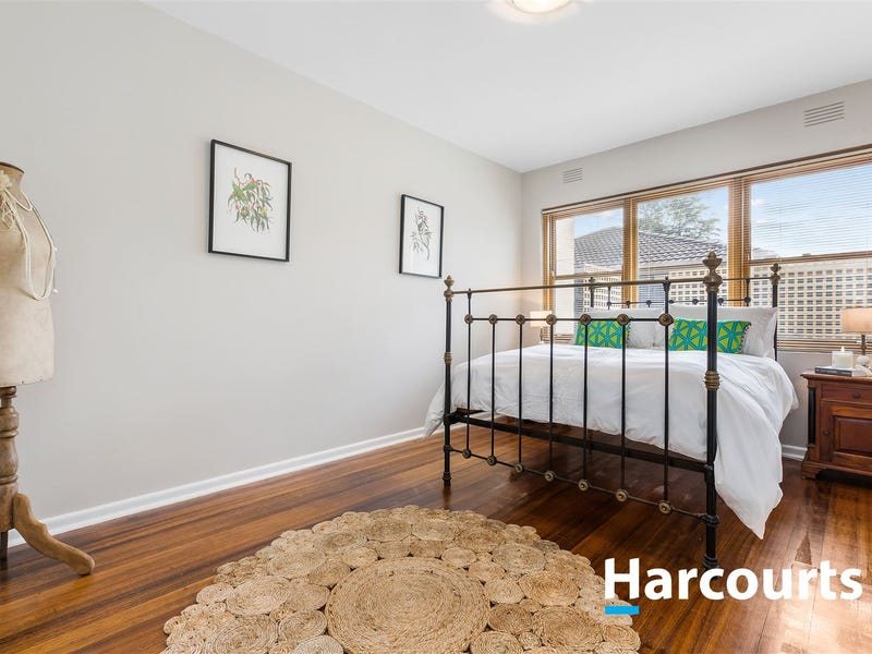4/1A Greenwood Avenue, Ringwood