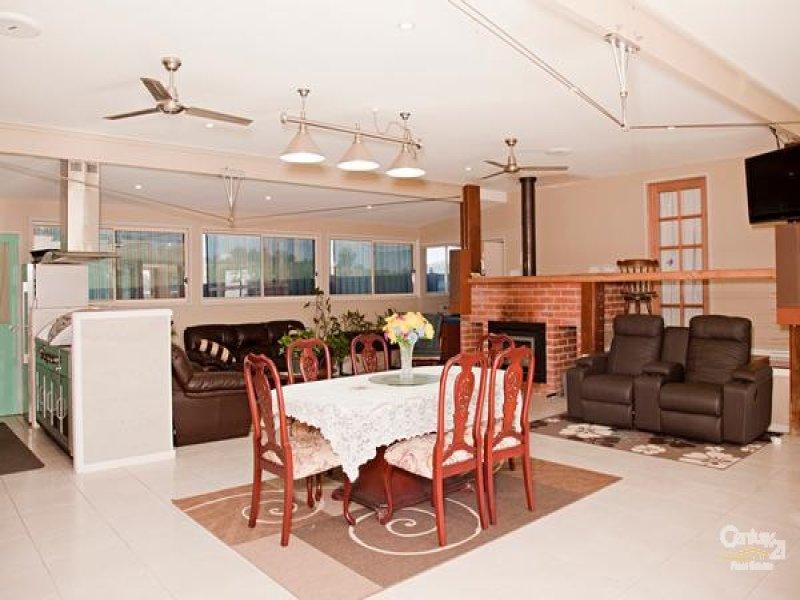 130 Wollombi Road, Farley, NSW 2320