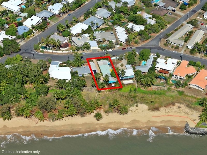 10 Coconut Street, Holloways Beach, Qld 4878