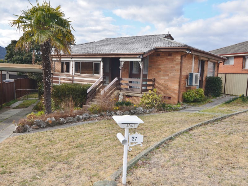 27 Maple Crescent, Lithgow, NSW 2790