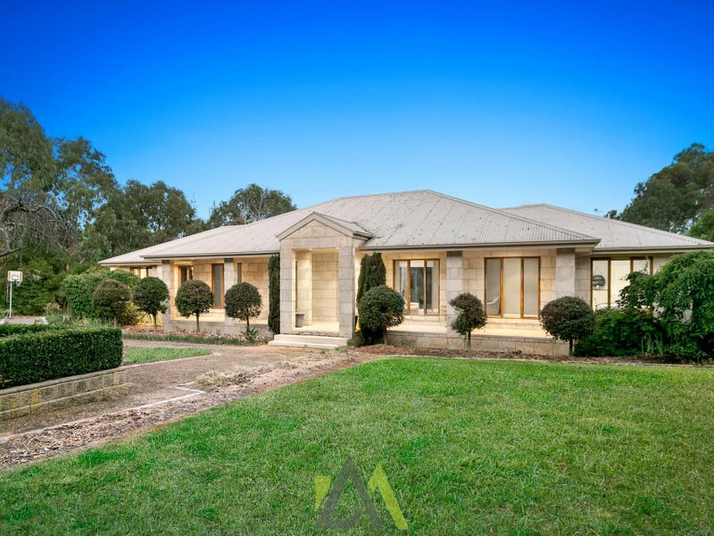296 Centre Road, Langwarrin, Vic 3910