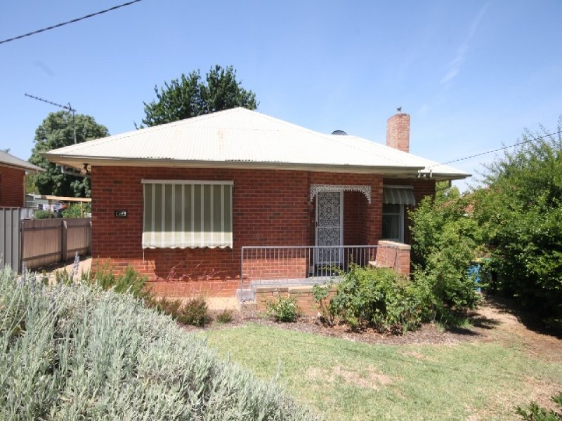 32 Fernleigh Rd, Turvey Park, NSW 2650