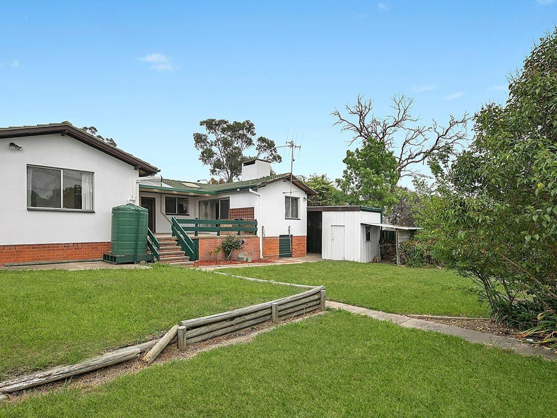 4 Ogilby Crescent, Page, ACT 2614