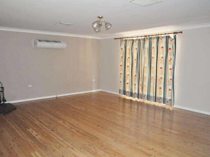 17 Haley Avenue, Narrabri, NSW 2390
