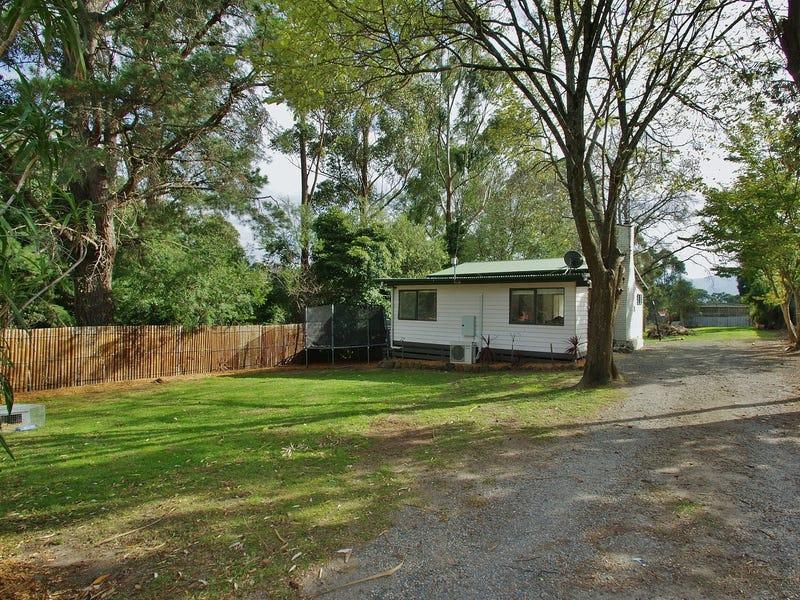 1 Monda Avenue, Healesville, Vic 3777