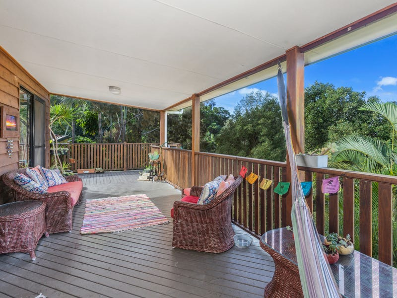 3 GIRA PLACE, Ocean Shores, NSW 2483