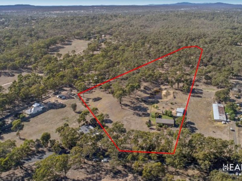 29 Wicks Road, Maiden Gully, Vic 3551