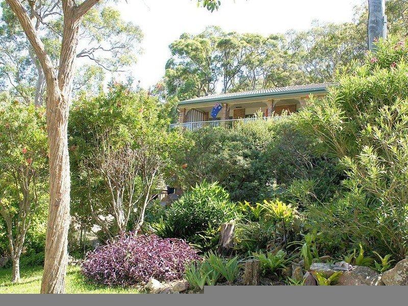 15 The Esplanade, North Arm Cove, NSW 2324