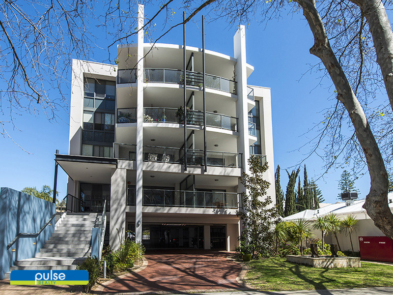 2/15 Stone Street, South Perth