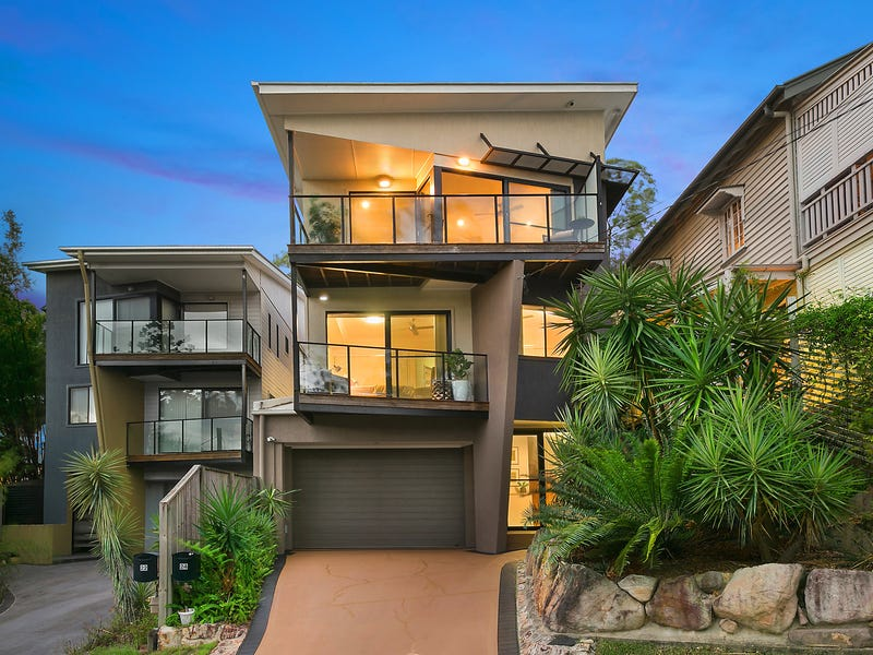 24 Orchard Terrace, St Lucia, Qld 4067