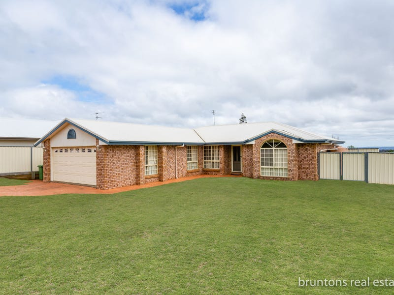 18 Kaliimna Drive, Highfields, Qld 4352