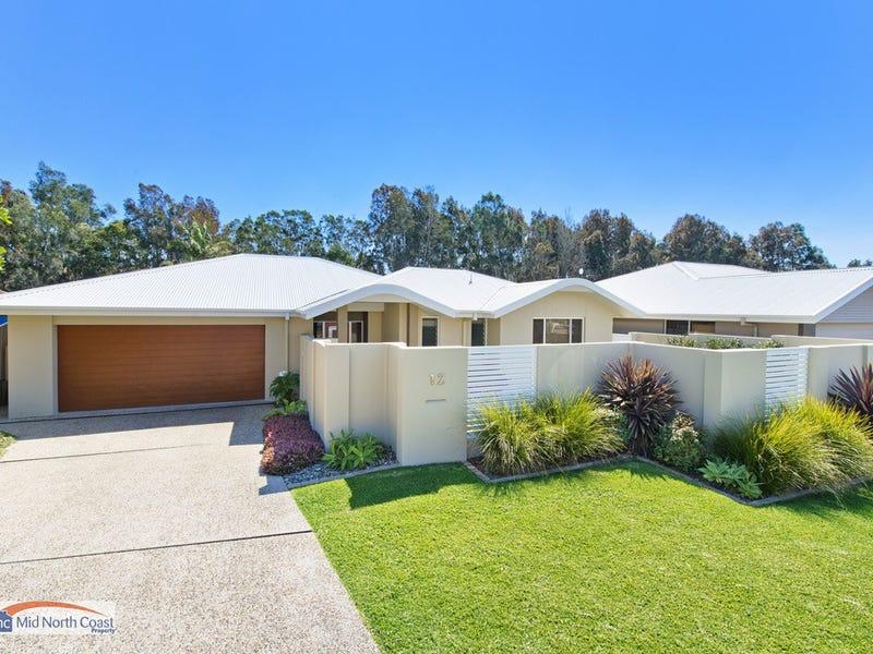 12 Eagle Place, Lake Cathie, NSW 2445