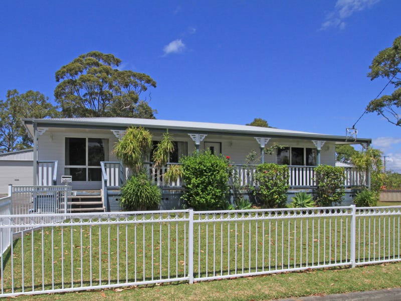 2 Lyons Road, Sussex Inlet, NSW 2540