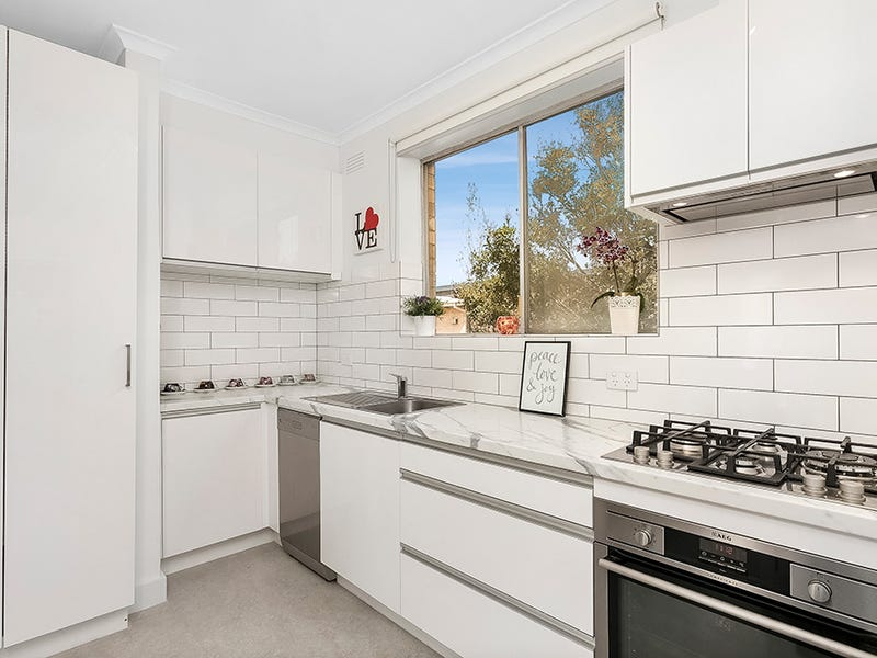 17/32 Ormond Road, Elwood, Vic 3184