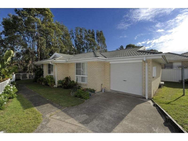 1/4 Ketch Close, Corlette, NSW 2315