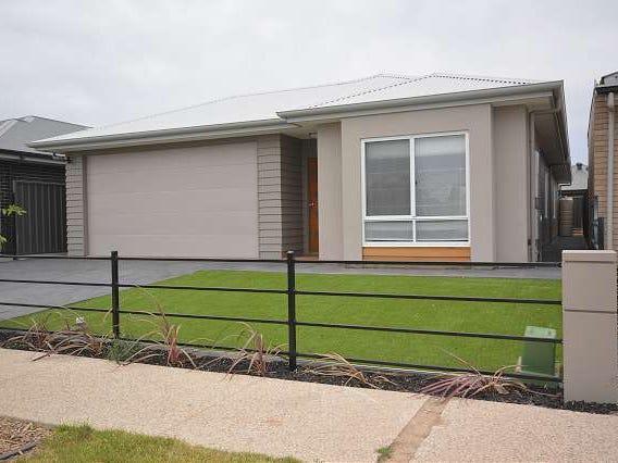152 Strathfield Tce, Largs North, SA 5016