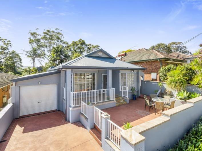 112  The Avenue, Mount Saint Thomas, NSW 2500