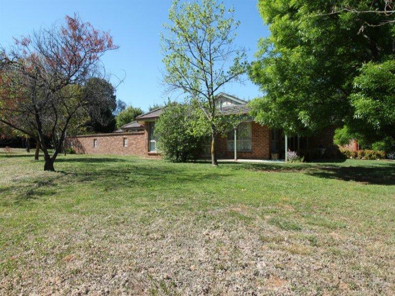 7 Trinity Drive, Kelso, NSW 2795