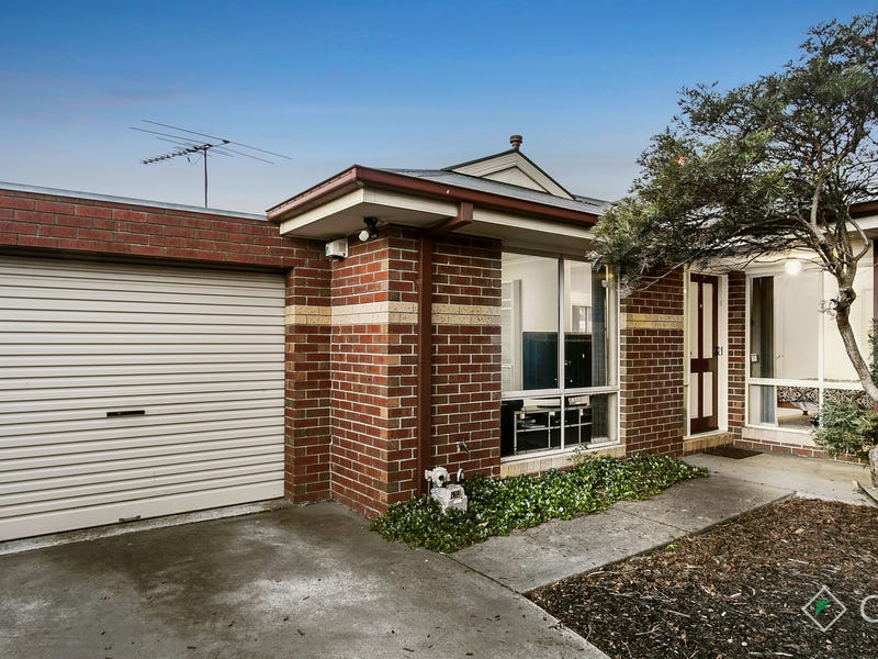 2/30-32 Garryowen Crescent, Narre Warren, Vic 3805
