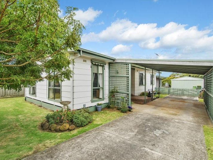 32 Cleeland Street, Newhaven, Vic 3925