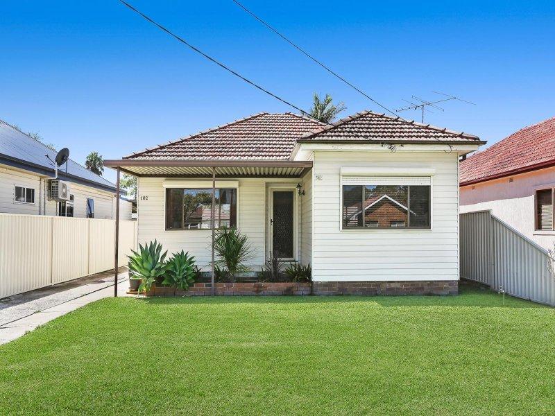102 Augusta Street, Punchbowl, NSW 2196