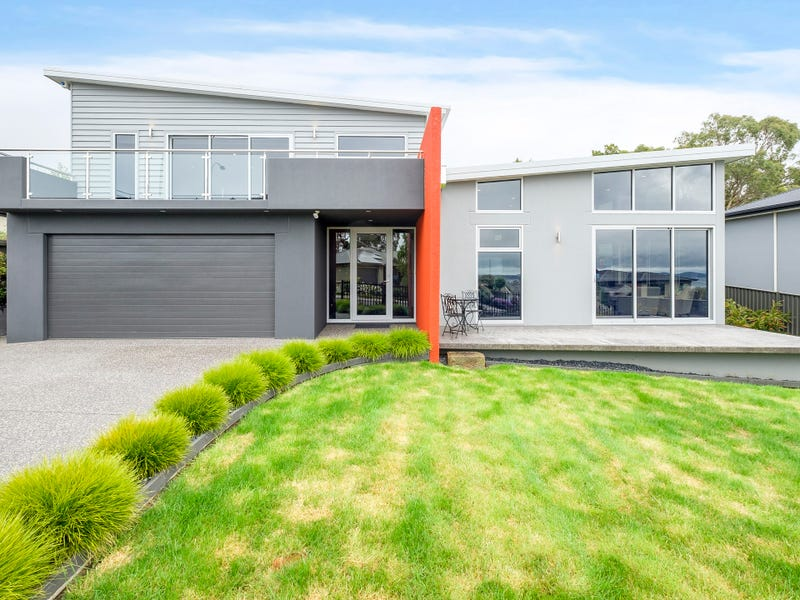 41 Sandra Drive, Blackmans Bay, Tas 7052