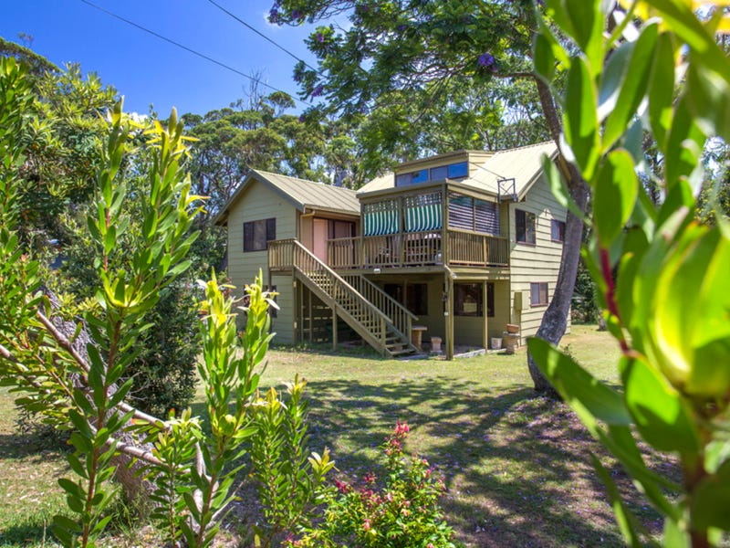 4 Beachglade Place, Bawley Point, NSW 2539